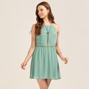 Francesca's Collections Dresses - Lush Flawless Solid Dress Francesca's never worn💚